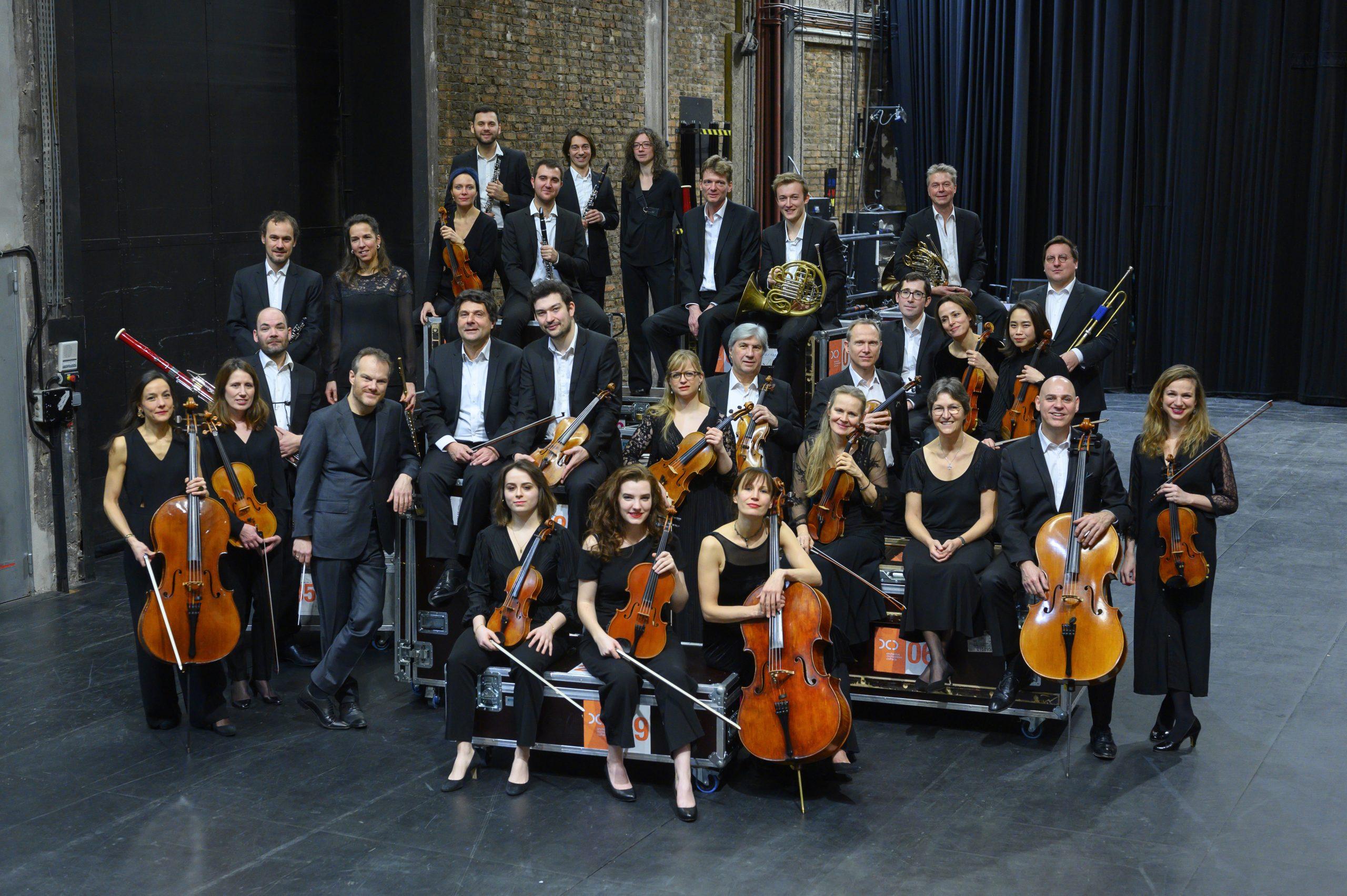 L'Orchestre de chambre de Paris et son directeur musical Lars Vogt © JB Pellerin