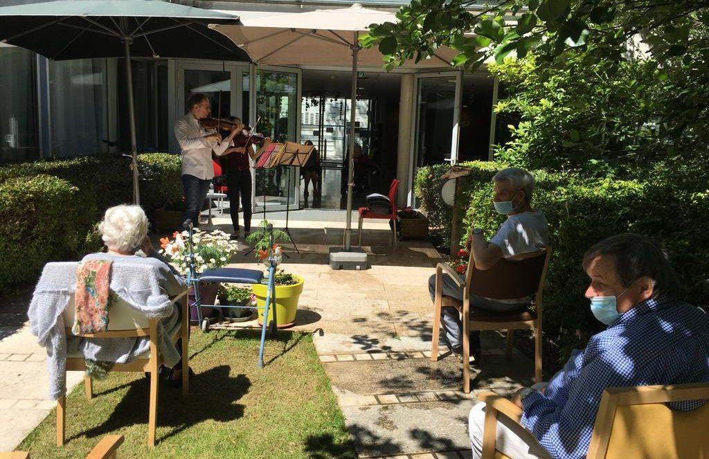 Mini-concert solidaire au sein d'un Ephad (Bobigny)